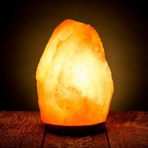 Natural-Rock-Himalayan-Salt-Lamp glowing